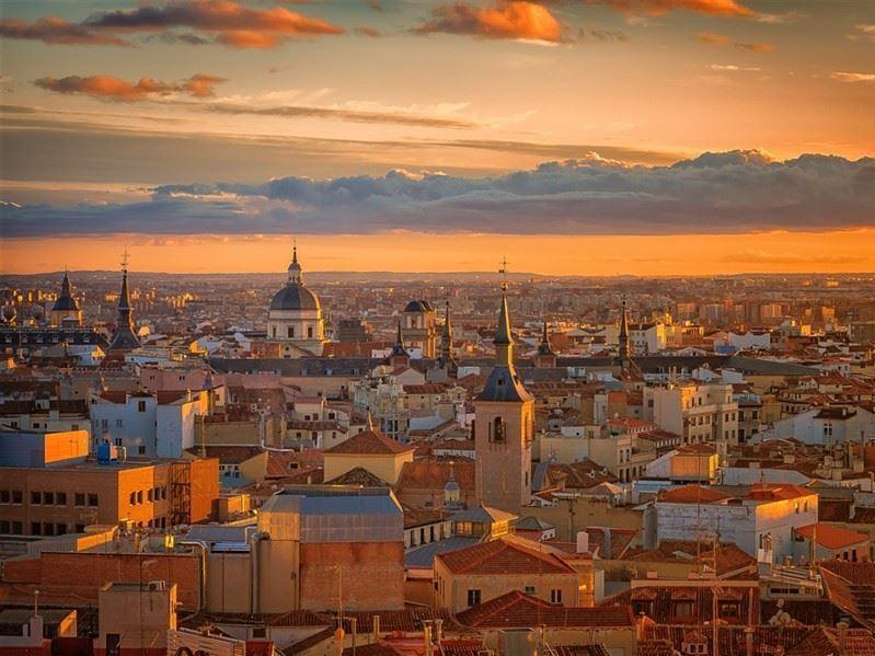 Ramazan Bayramı Barselona Turu Pegasus İle (Barselona gidiş-Barselona dönüş)