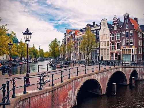 Amsterdam Turu Pegasus İle (Amsterdam Gidiş-Dönüş 2 Gece)